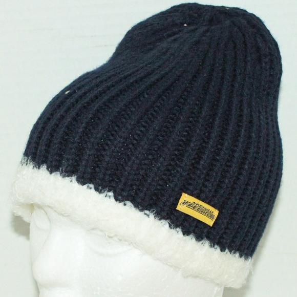 0d2b8d43956 uk mens washington capitals reebok gray team logo cuffed knit hat 4d56d  14a99  low price nashville predators nhl uncuffed beanie 416e5 3f9da